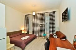 Grafsky 7 room c